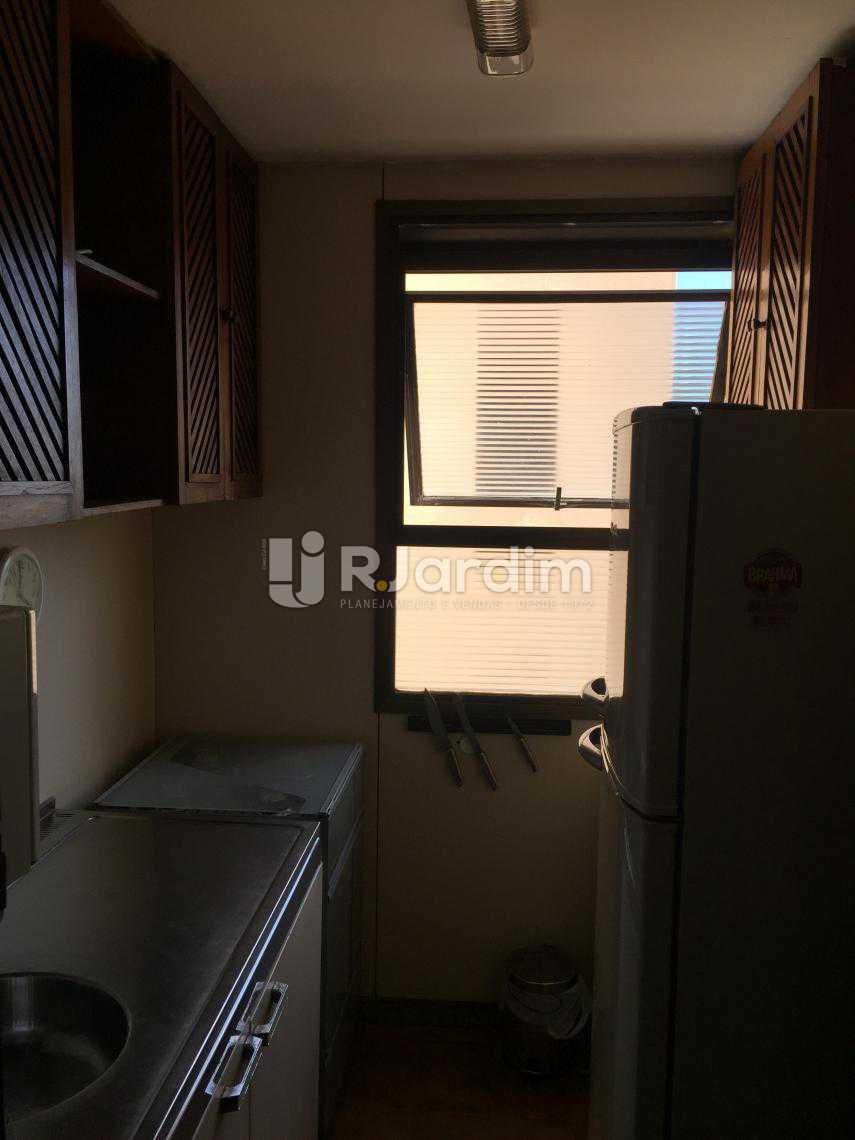 Cozinha - Compra Venda Avaliação Imóveis Flat Residencial Ipanema 2 Quartos - LAFL20049 - 6