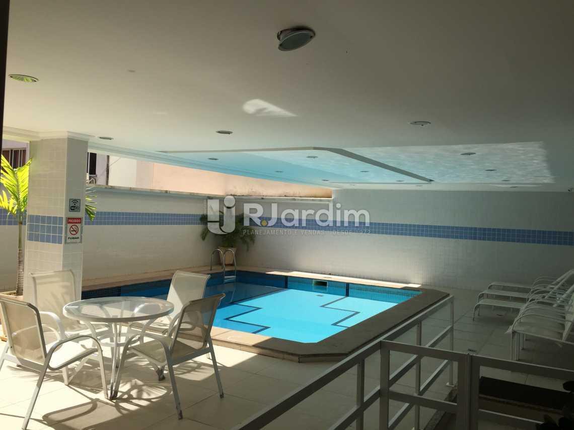 Piscina - Compra Venda Avaliação Imóveis Flat Residencial Ipanema 2 Quartos - LAFL20049 - 12