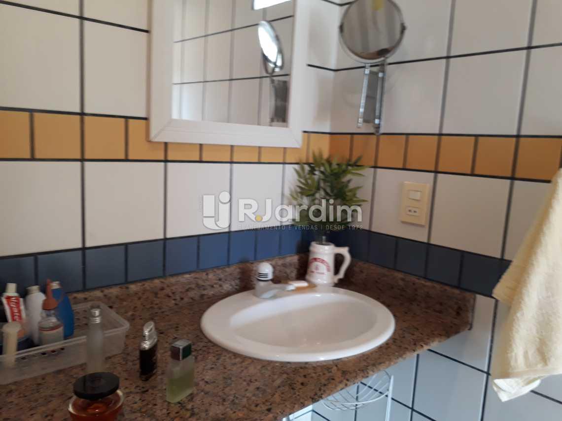 Banheiro Suíte Superior  - Cobertura Lagoa 2 Quartos Compra Venda Avaliação Imóveis - LACO20075 - 23