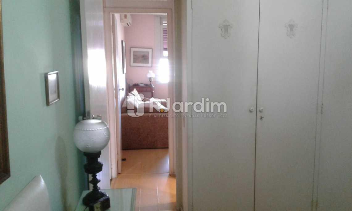 QUARTO 1 - Imóveis Compra Venda Avaliação Apartamento Leblon 3 Quartos - LAAP31532 - 9