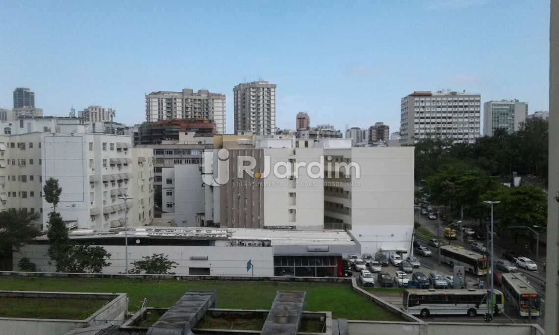 VISTA DA ÁREA ADE SERVIÇO - Imóveis Compra Venda Avaliação Apartamento Leblon 3 Quartos - LAAP31532 - 19