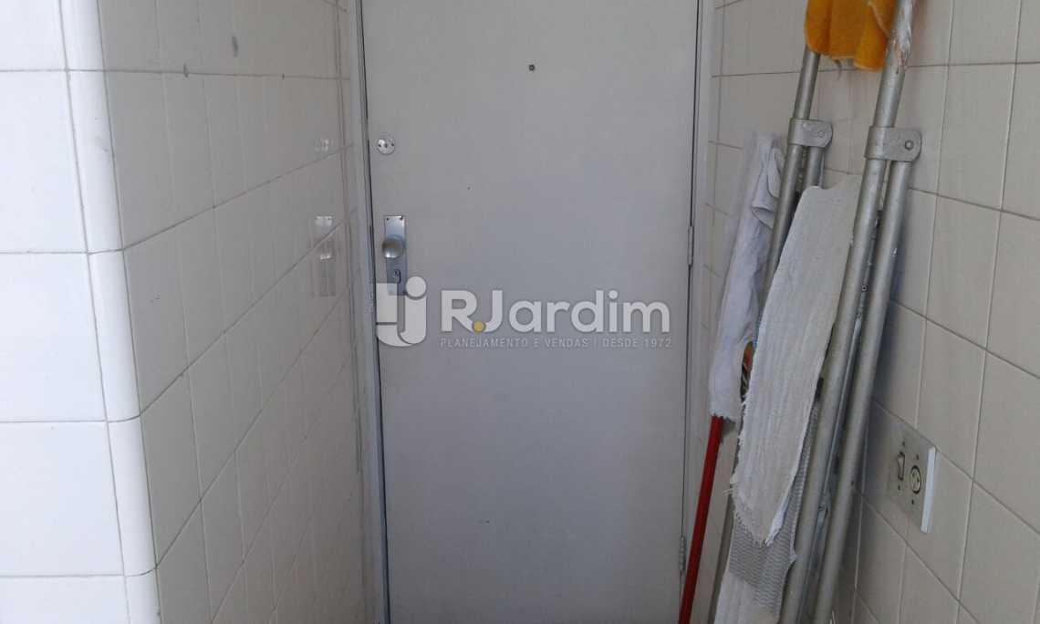 PORTA DE SERVIÇO - Imóveis Compra Venda Avaliação Apartamento Leblon 3 Quartos - LAAP31532 - 27
