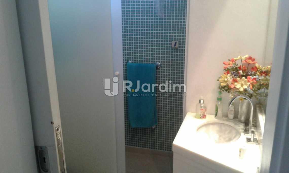 BANHEIRO SOCIAL - Imóveis Compra Venda Avaliação Apartamento Leblon 3 Quartos - LAAP31532 - 17