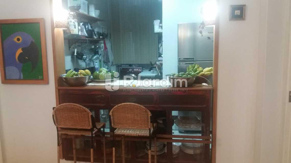 Cozinha - Compra Venda Apartamento Copacabana 3 Quartos - LAAP31566 - 9