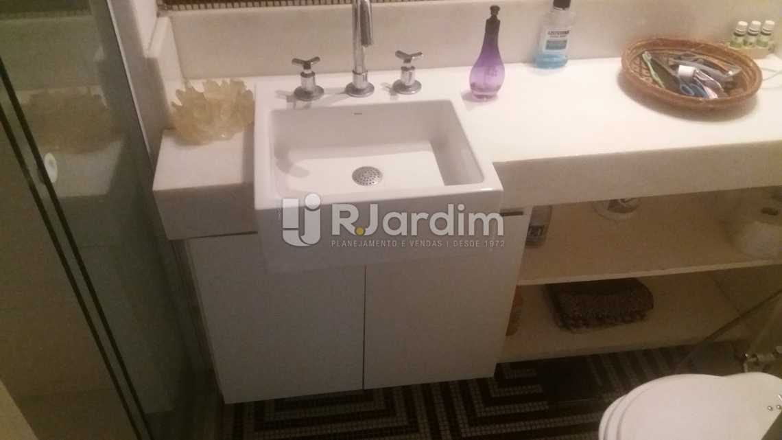 Banheiro social - Compra Venda Apartamento Copacabana 3 Quartos - LAAP31566 - 22