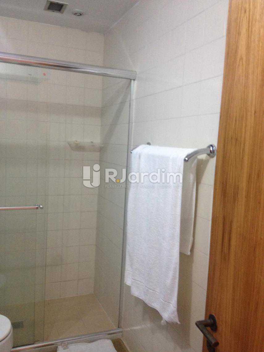 Banheiro - Flat Para Alugar - Leblon - Rio de Janeiro - RJ - LAFL10068 - 18