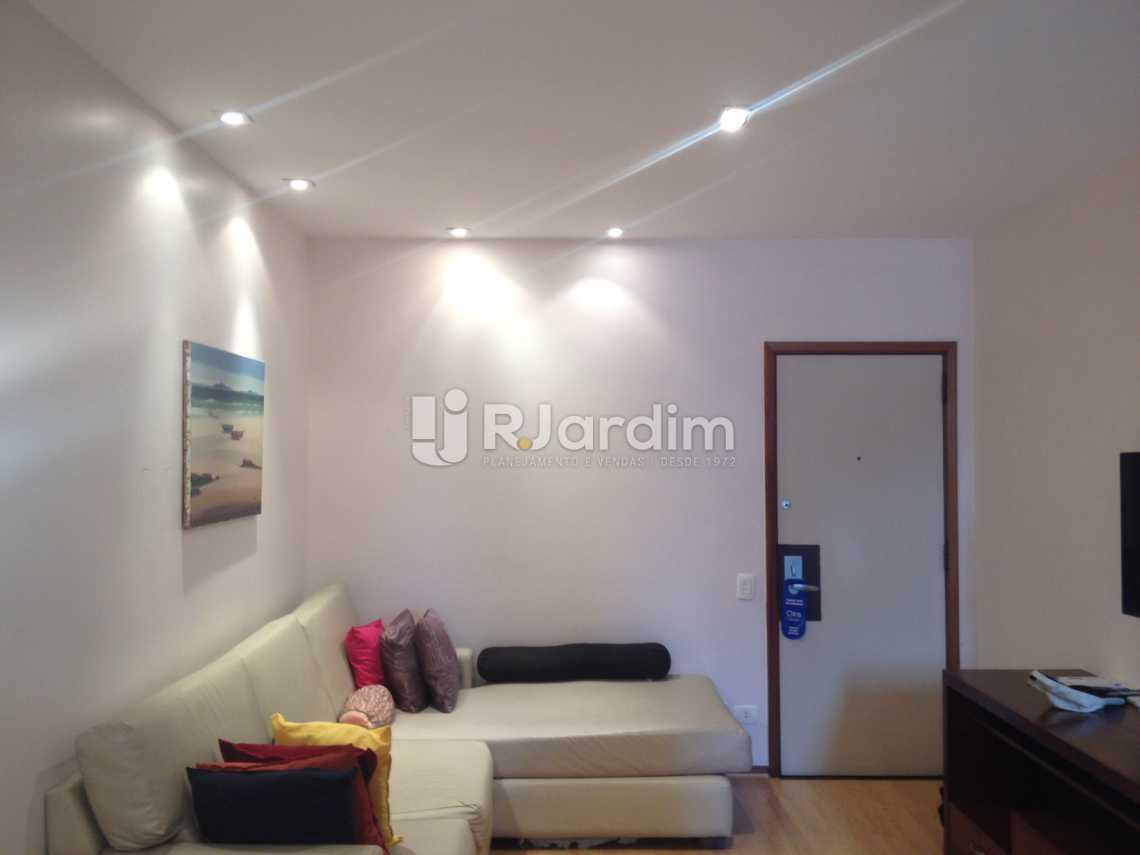 Sala iluminada - Flat Para Alugar - Leblon - Rio de Janeiro - RJ - LAFL10068 - 28