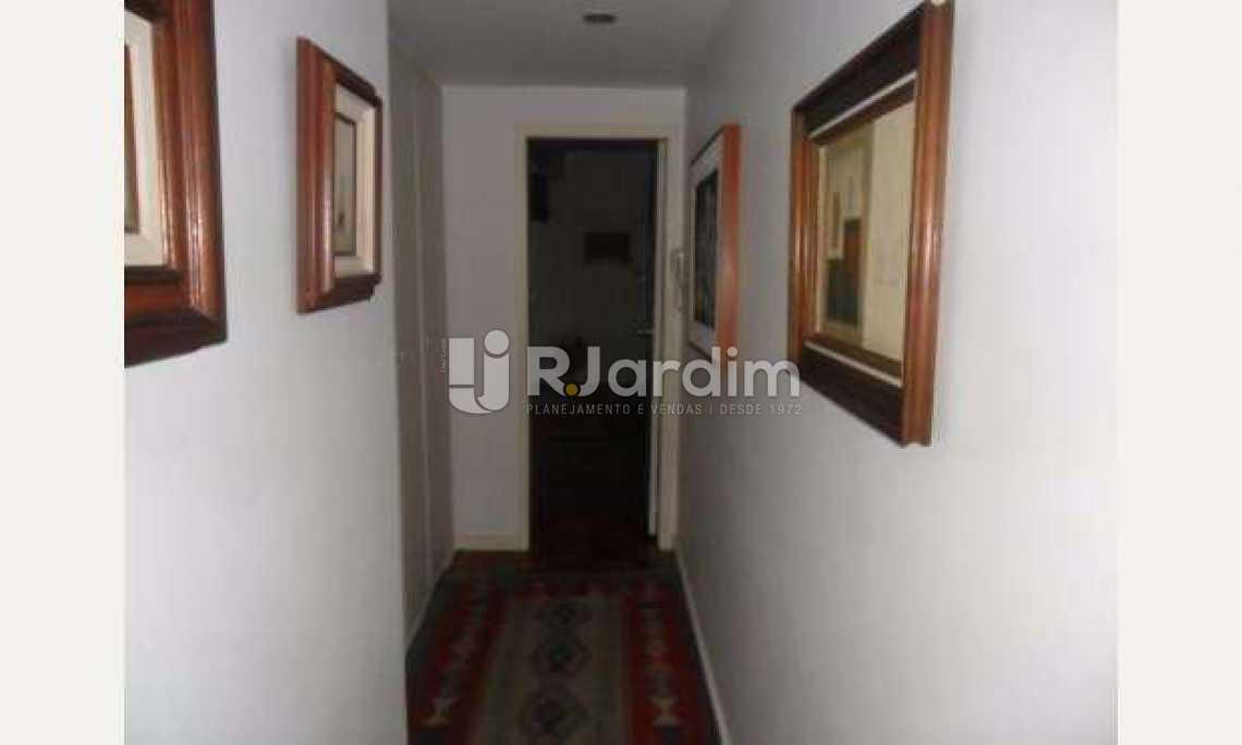 Corredor Principal - Apartamento À Venda - Gávea - Rio de Janeiro - RJ - LAAP32054 - 9