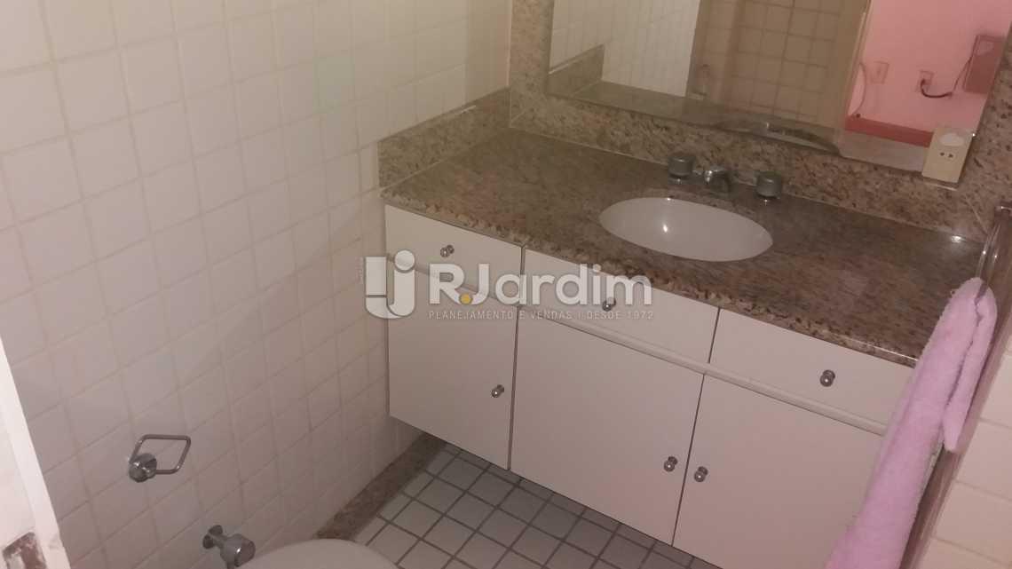 WC suíte - Apartamento à venda Rua Constante Ramos,Copacabana, Zona Sul,Rio de Janeiro - R$ 2.680.000 - LAAP40631 - 13