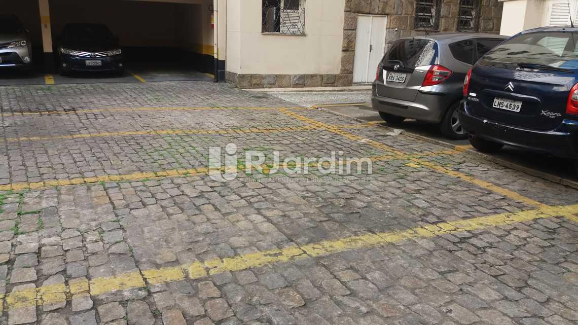 Garagem condomínio.  - Apartamento à venda Rua Constante Ramos,Copacabana, Zona Sul,Rio de Janeiro - R$ 2.680.000 - LAAP40631 - 22