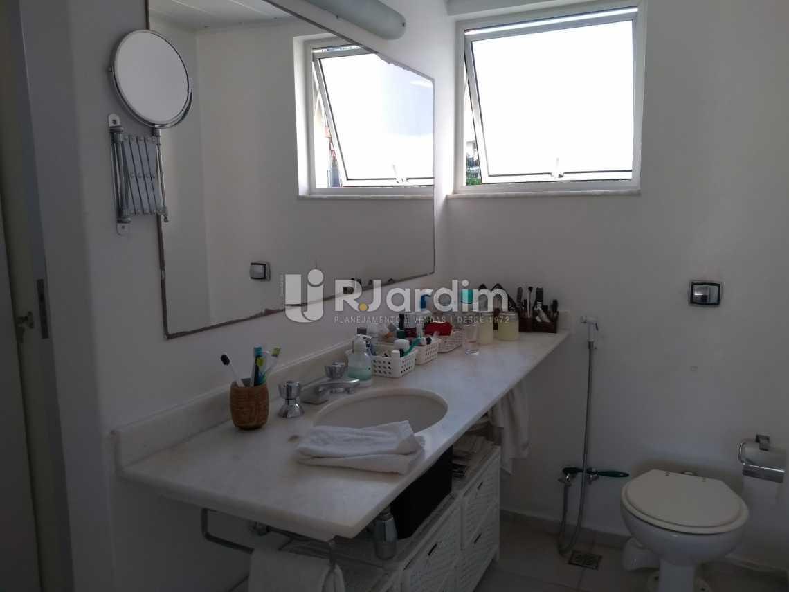 banheiro social  - Cobertura À VENDA, Leblon, Rio de Janeiro, RJ - LACO30227 - 20