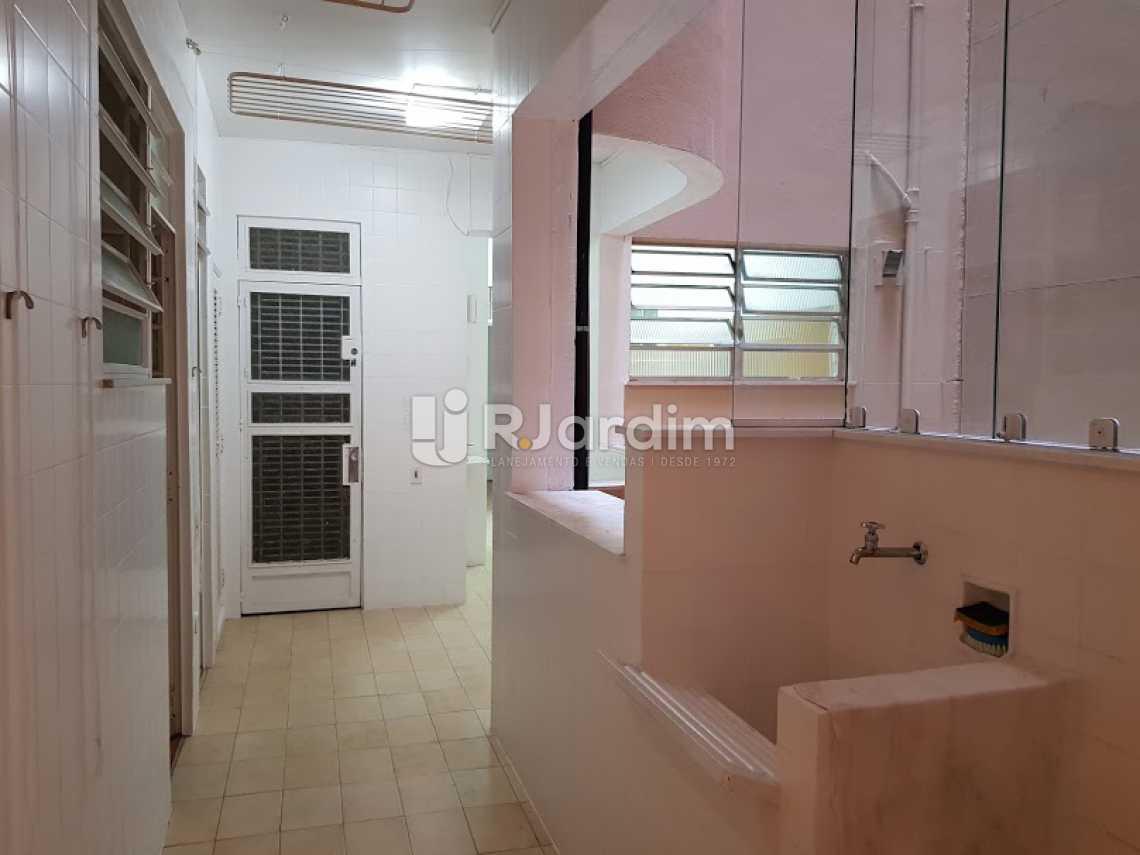 Área de Serviço - Compra Venda Avaliação Imóveis Apartamento Copacabana 4 Quartos - LAAP40638 - 25