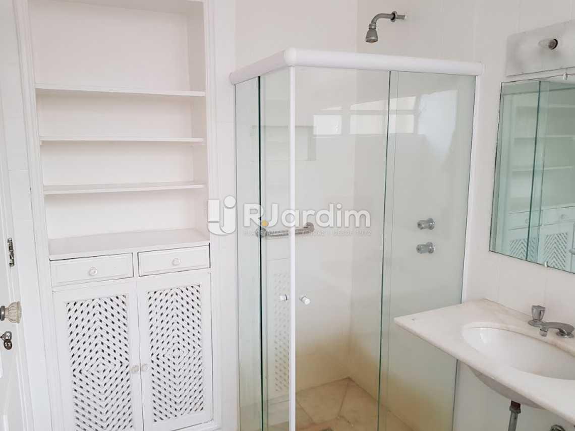 Banheiro social - Compra Venda Avaliação Imóveis Apartamento Copacabana 4 Quartos - LAAP40638 - 19