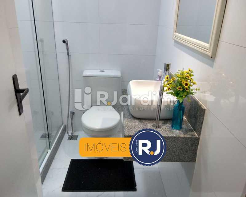 banheiro 1 - Apartamento Humaitá 2 Quartos - LAAP21146 - 13
