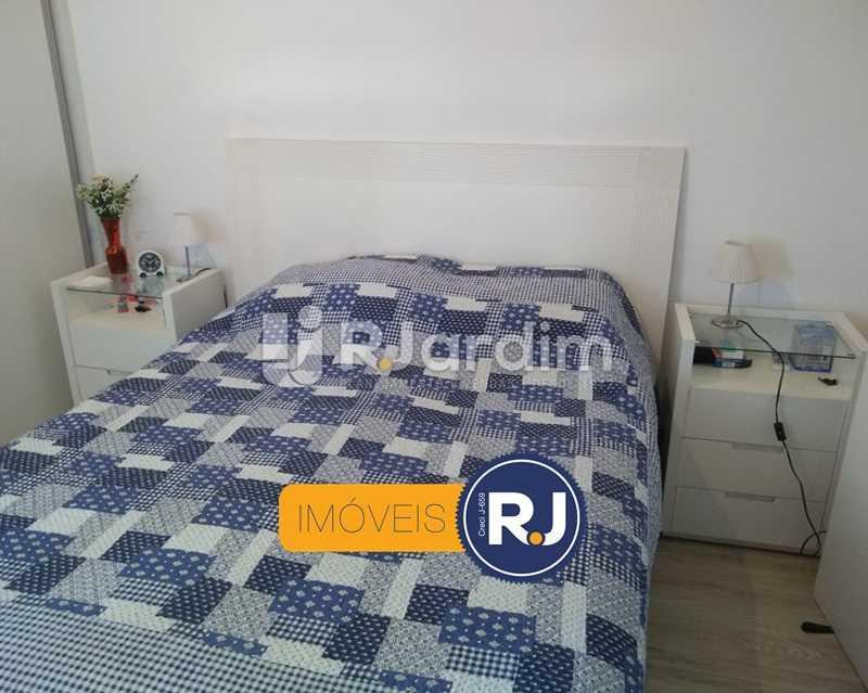quarto 1 - Apartamento Humaitá 2 Quartos - LAAP21146 - 8