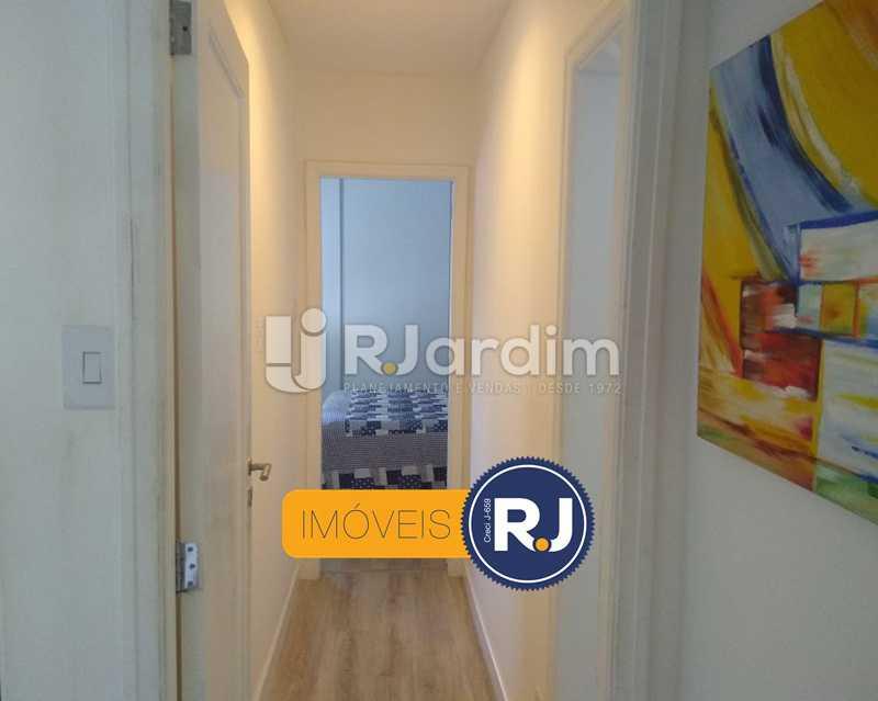 circulação - Apartamento Humaitá 2 Quartos - LAAP21146 - 7