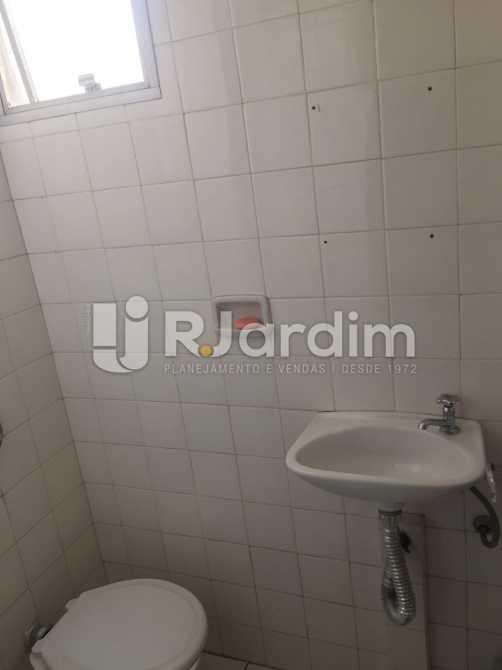 Banheiro de serviço - Apartamento À VENDA, Ipanema, Rio de Janeiro, RJ - LAAP31630 - 21