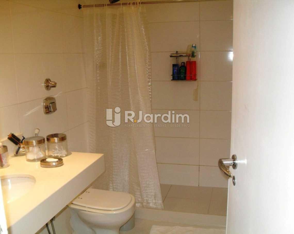 WC suíte - Apartamento À VENDA, Ipanema, Rio de Janeiro, RJ - LAAP40643 - 10