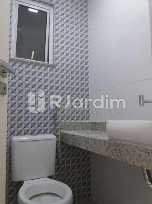 Banheiro suíte - Apartamento Ipanema, Zona Sul,Rio de Janeiro, RJ À Venda, 2 Quartos, 85m² - LAAP21154 - 13