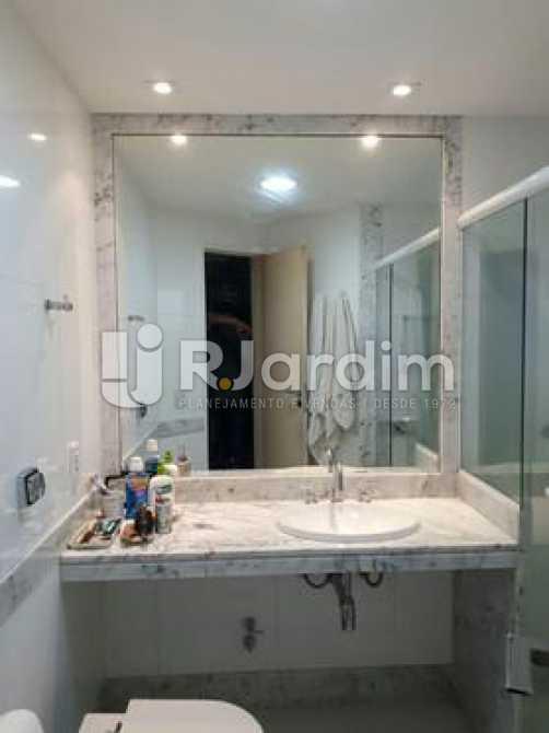 Banheiro suíte  - Apartamento à venda Avenida Visconde de Albuquerque,Leblon, Zona Sul,Rio de Janeiro - R$ 1.900.000 - LAAP21158 - 18