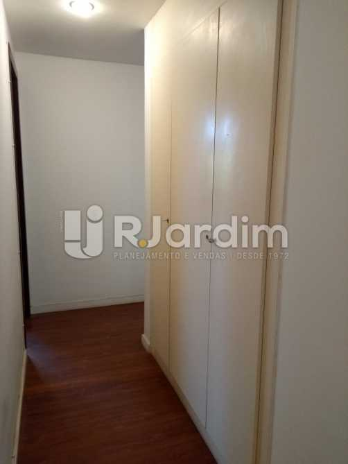Armario corredor - Imóveis Aluguel Cobertura Leblon 4 quartos - LACO40146 - 13