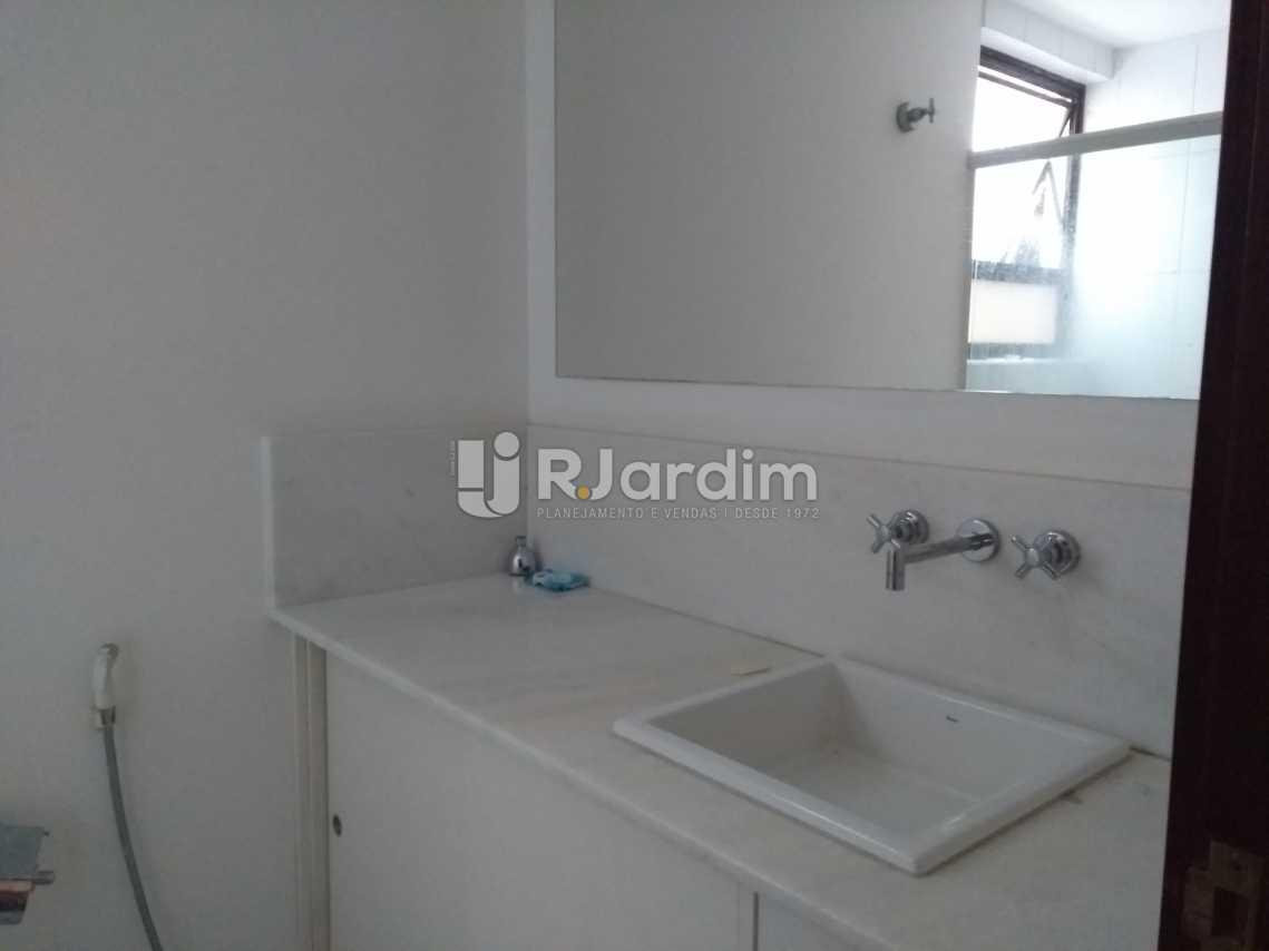 Banheiro Social - Imóveis Aluguel Cobertura Leblon 4 quartos - LACO40146 - 24
