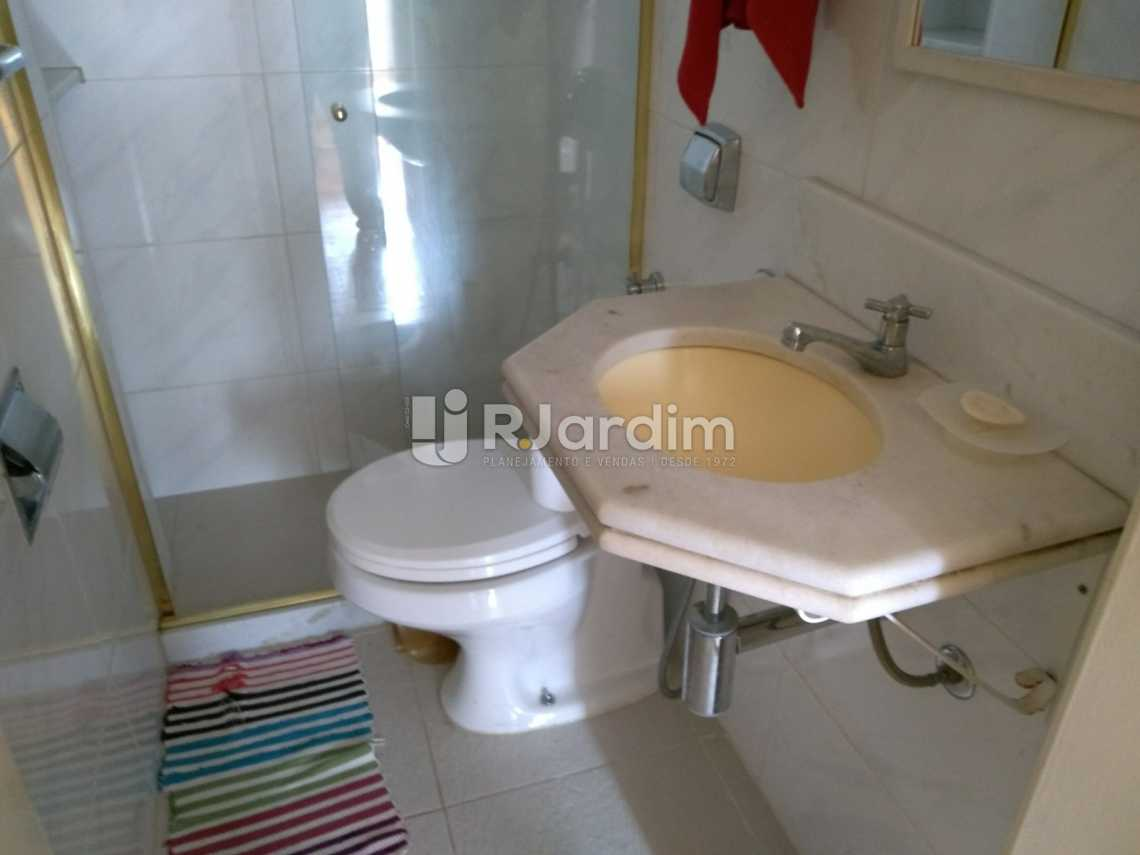 banheiro social 1 - Apartamento À VENDA, Copacabana, Rio de Janeiro, RJ - LAAP31657 - 14