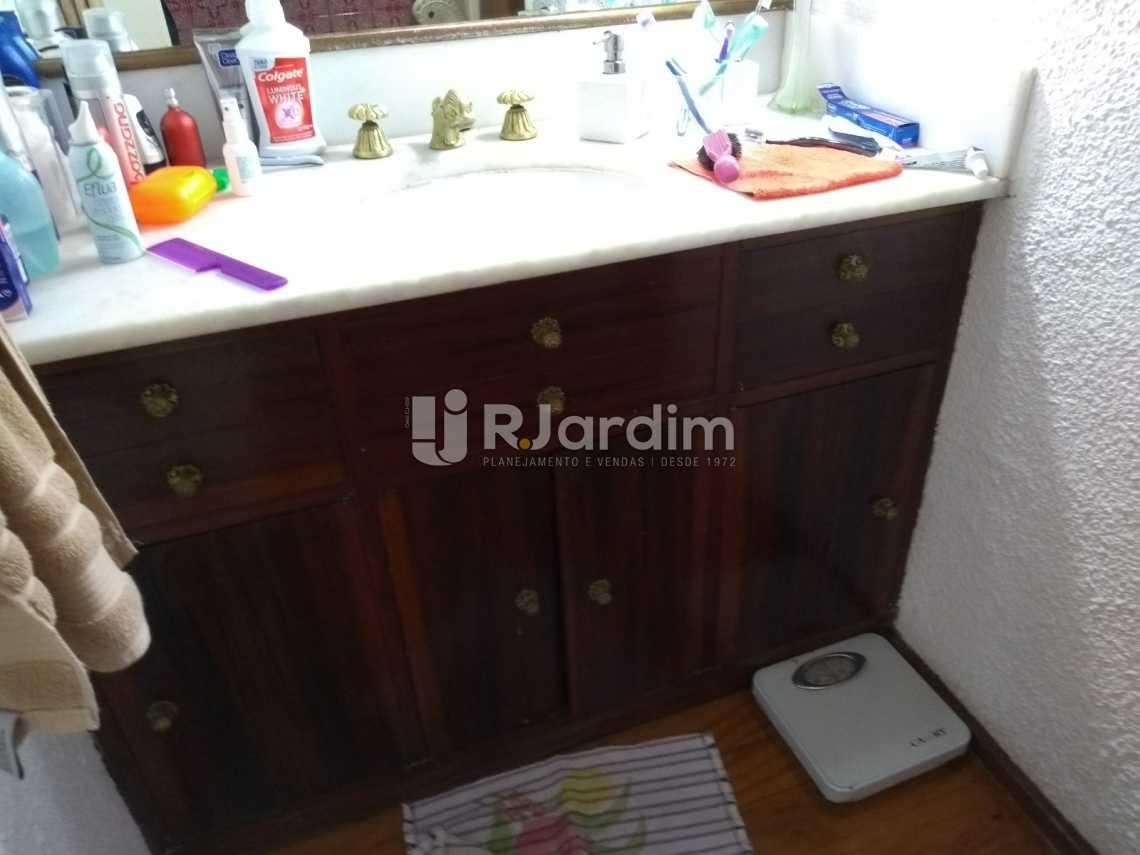 banheiro social 2 - Apartamento À VENDA, Copacabana, Rio de Janeiro, RJ - LAAP31657 - 15