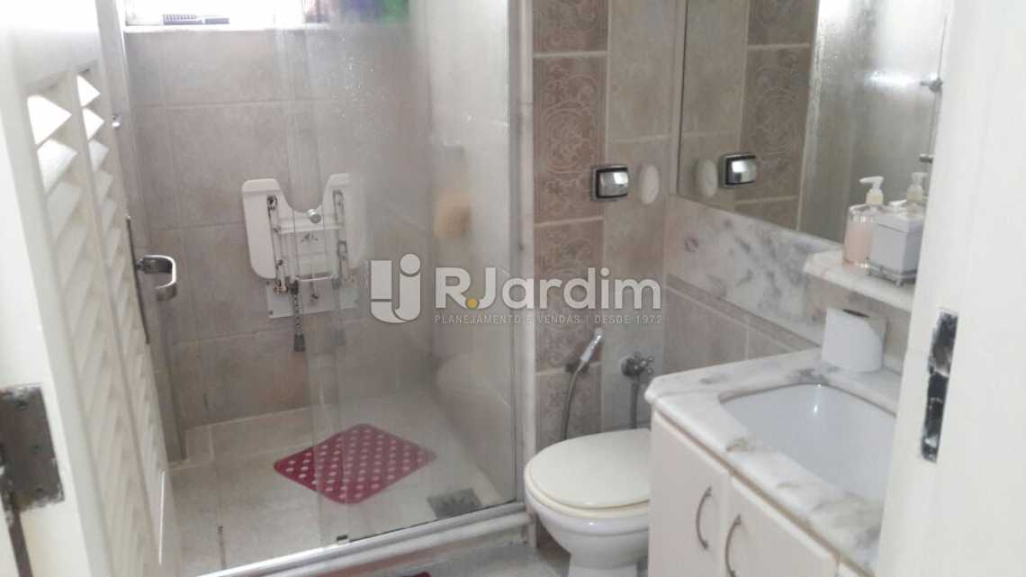 Banheiro da suíte - Apartamento PARA ALUGAR, Copacabana, Rio de Janeiro, RJ - LAAP31665 - 16