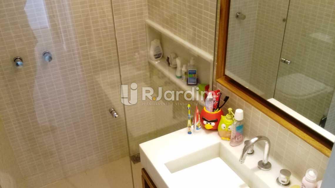 Banheiro suíte - Compra Venda Avaliação Imóveis Apartamento Gávea 3 Quartos - LAAP31667 - 21