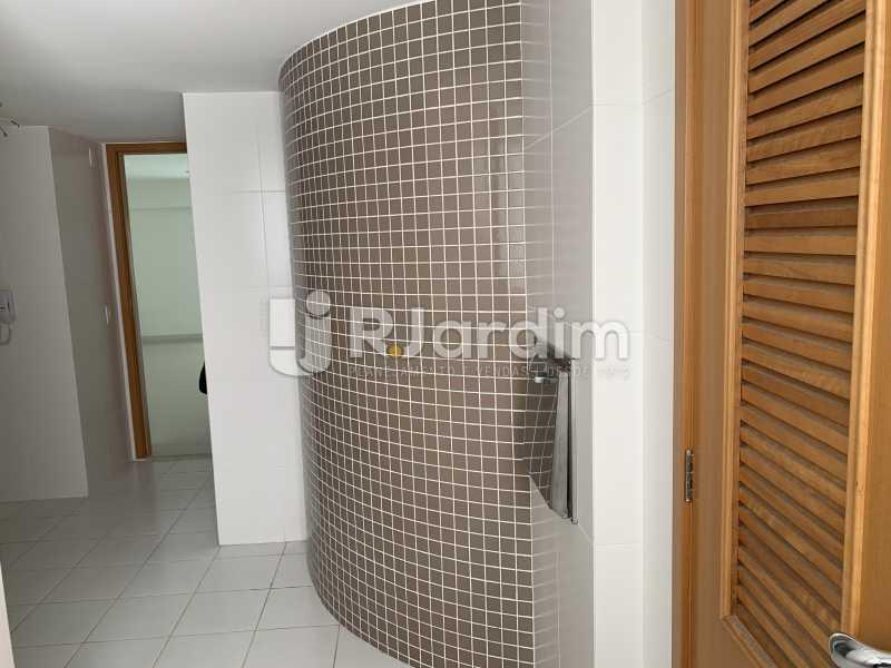 CORREDOR - Mariana Classic Apartamento Botafogo 3 Suítes - LAAP31670 - 4