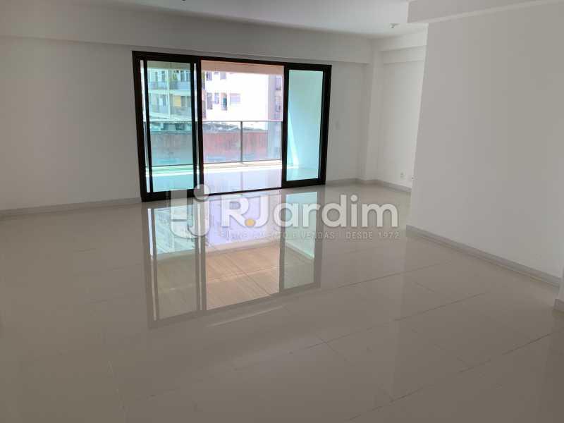 SALA2 - Mariana Classic Apartamento Botafogo 3 Suítes - LAAP31670 - 22