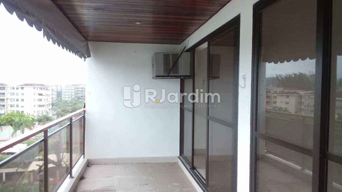 varanda /sala - Cobertura À VENDA, Barra da Tijuca, Rio de Janeiro, RJ - LACO40151 - 3