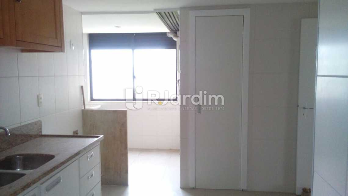 cozinha / área  - Cobertura À VENDA, Barra da Tijuca, Rio de Janeiro, RJ - LACO40151 - 22