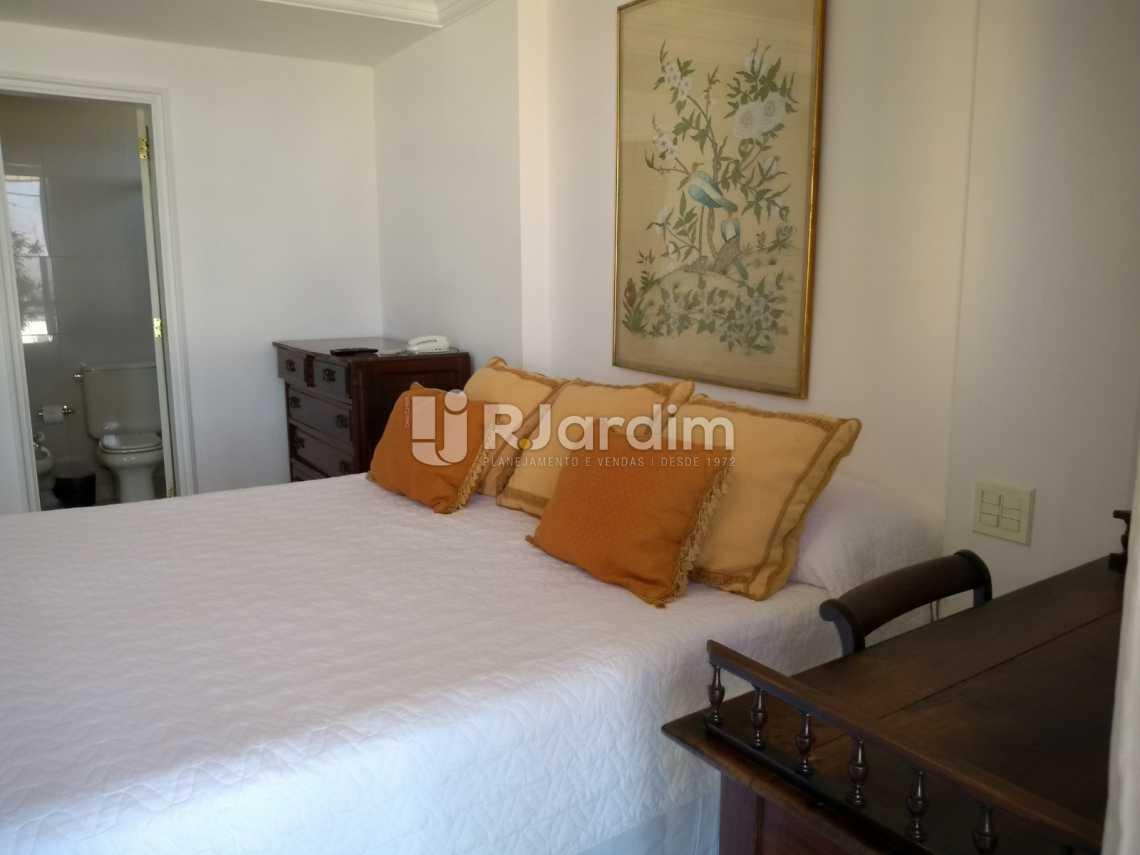 suíte  - Compra Venda Avaliação Imóveis Aparthotel Ipanema Apartamento 2 Quartos - LAAP21196 - 9