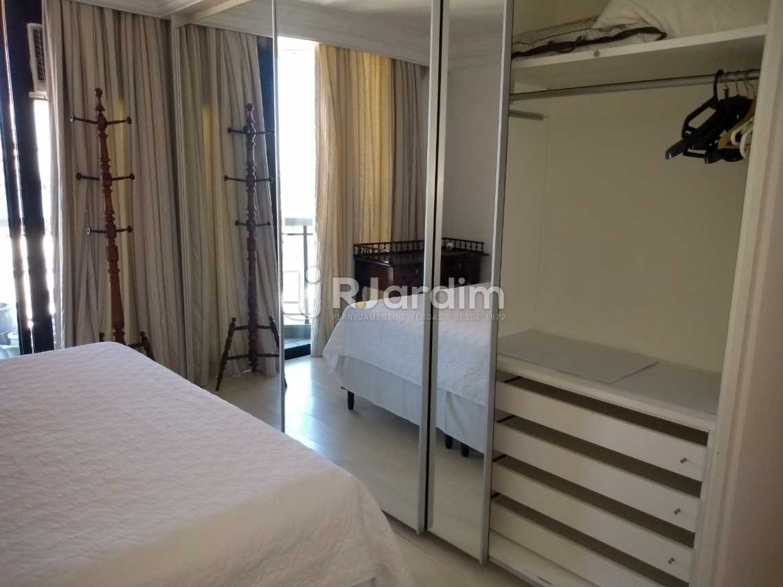 armário/ suíte  - Compra Venda Avaliação Imóveis Aparthotel Ipanema Apartamento 2 Quartos - LAAP21196 - 11