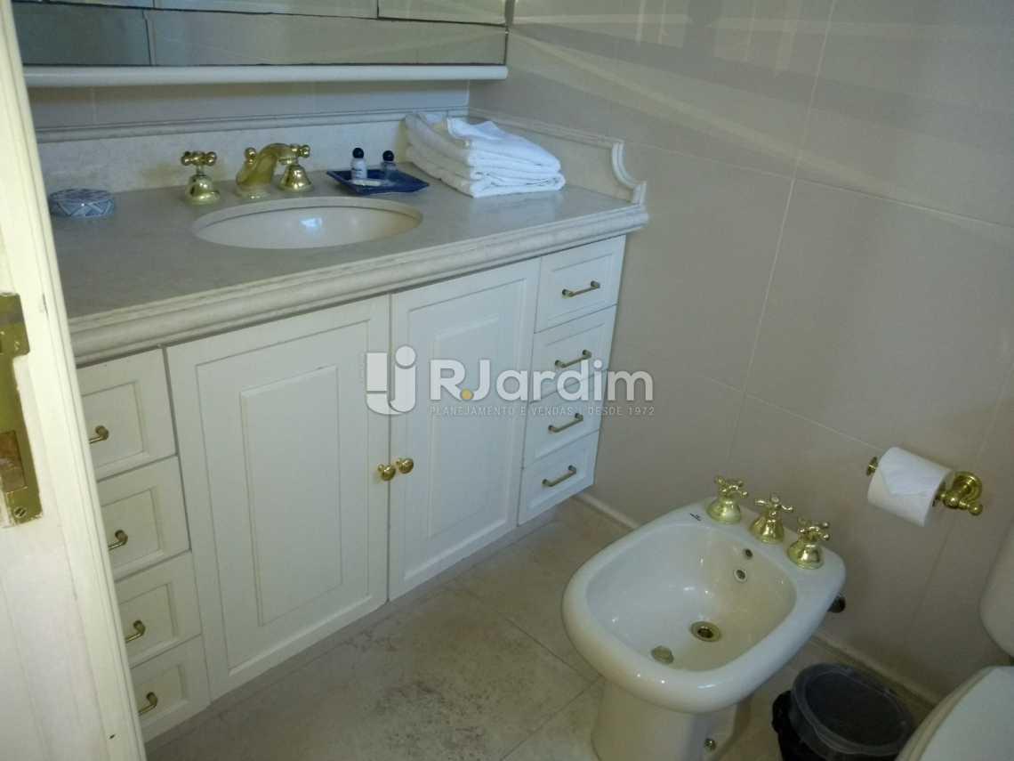 banheiro / suíte  - Compra Venda Avaliação Imóveis Aparthotel Ipanema Apartamento 2 Quartos - LAAP21196 - 12