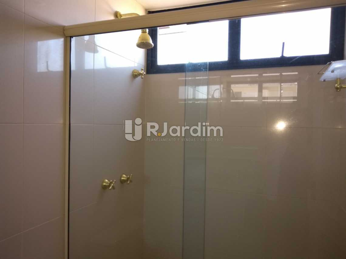 banheiro / suíte  - Compra Venda Avaliação Imóveis Aparthotel Ipanema Apartamento 2 Quartos - LAAP21196 - 13