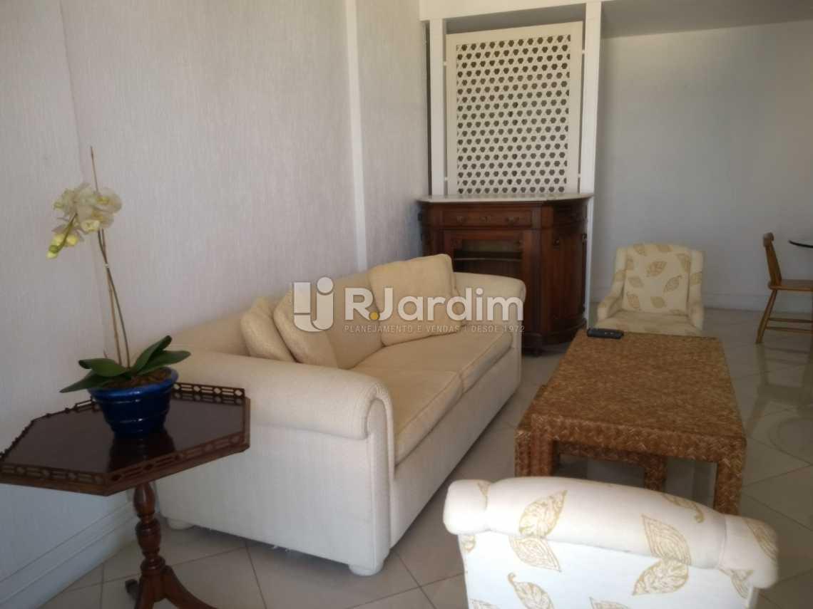 sala / entrada social  - Compra Venda Avaliação Imóveis Aparthotel Ipanema Apartamento 2 Quartos - LAAP21196 - 6