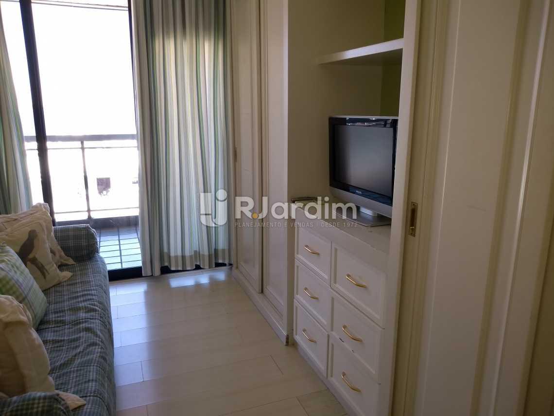 quarto / armários  - Compra Venda Avaliação Imóveis Aparthotel Ipanema Apartamento 2 Quartos - LAAP21196 - 15