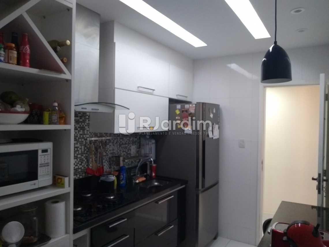 Cozinha 2 - Compra Venda Avaliação Imóveis Apartamento Copacabana 3 Quartos - LAAP31678 - 22