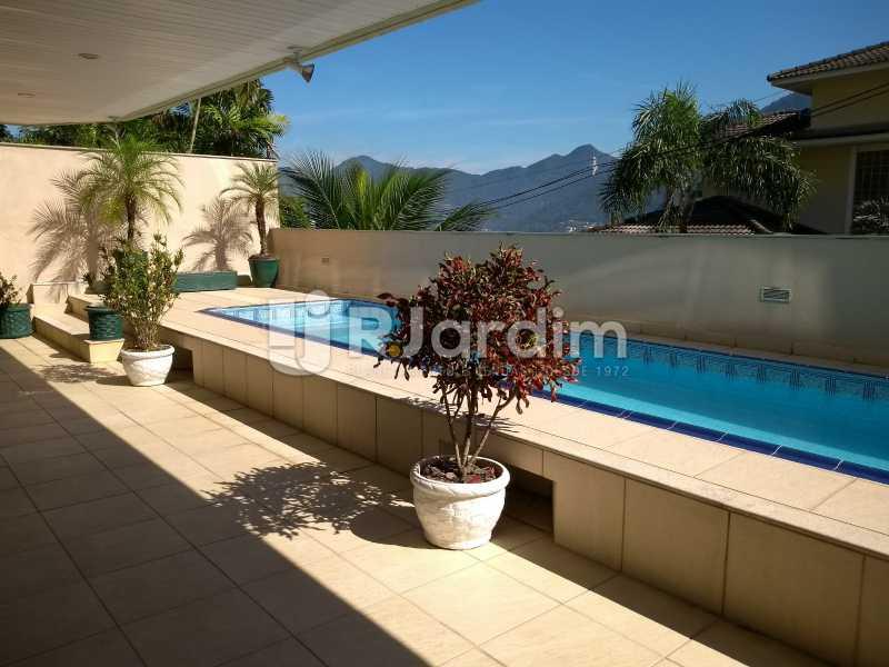 piscina / prédio  - Apartamento à venda Rua Casuarina,Lagoa, Zona Sul,Rio de Janeiro - R$ 2.500.000 - LAAP31685 - 23