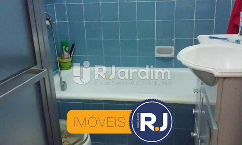 Banheiro  - Apartamento Padrão Copacabana 2 Quartos Compra Venda Avaliação Imóveis - LAAP21208 - 7