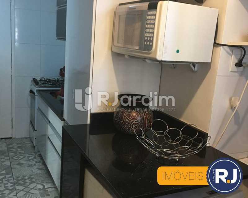 04 cozinha - Compra Venda Avaliação Imóveis Apartamento Laranjeiras 3 Quartos - LAAP31705 - 5