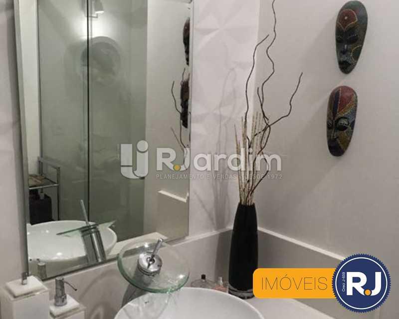 09 banheiro - Compra Venda Avaliação Imóveis Apartamento Laranjeiras 3 Quartos - LAAP31705 - 10