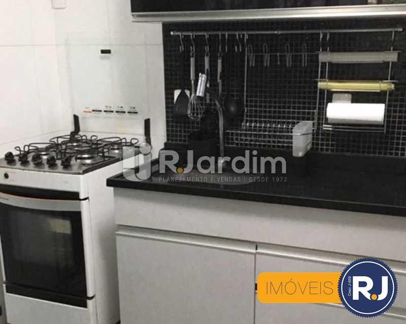 11 - cozinha - Compra Venda Avaliação Imóveis Apartamento Laranjeiras 3 Quartos - LAAP31705 - 12
