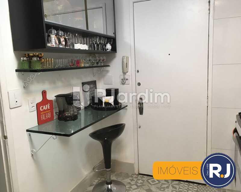 17 cozinha - Compra Venda Avaliação Imóveis Apartamento Laranjeiras 3 Quartos - LAAP31705 - 18