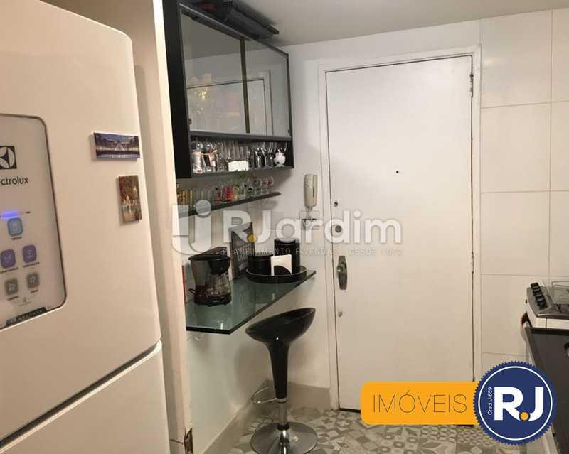 18 cozinha - Compra Venda Avaliação Imóveis Apartamento Laranjeiras 3 Quartos - LAAP31705 - 19