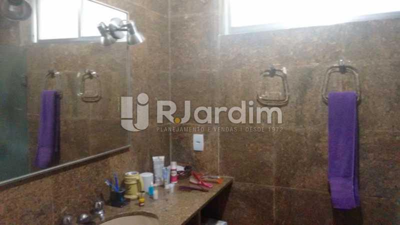 Banheiro social - Apartamento À VENDA, Alto Leblon, Leblon, Rio de Janeiro, RJ - LAAP40664 - 12