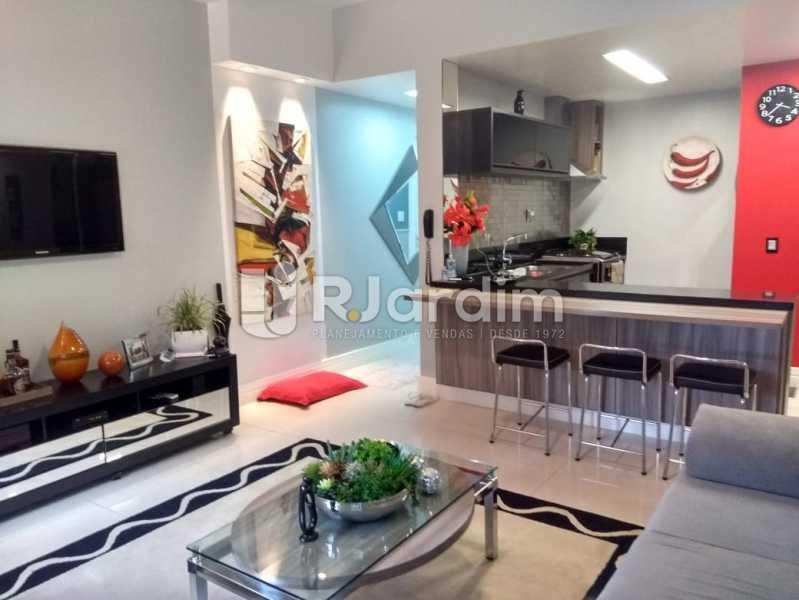 sala estar cozinha americana. - Apartamento à venda Rua Nascimento Silva,Ipanema, Zona Sul,Rio de Janeiro - R$ 1.550.000 - LAAP31730 - 3
